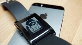 Apple vs. Pebble? Odmítnutí aplikace kvůli podpoře Pebble Smartwatch