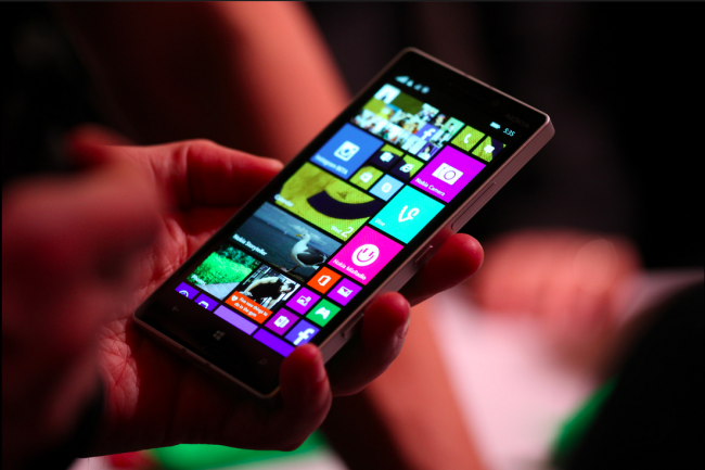 nokia-lumia-930-hands-on-03