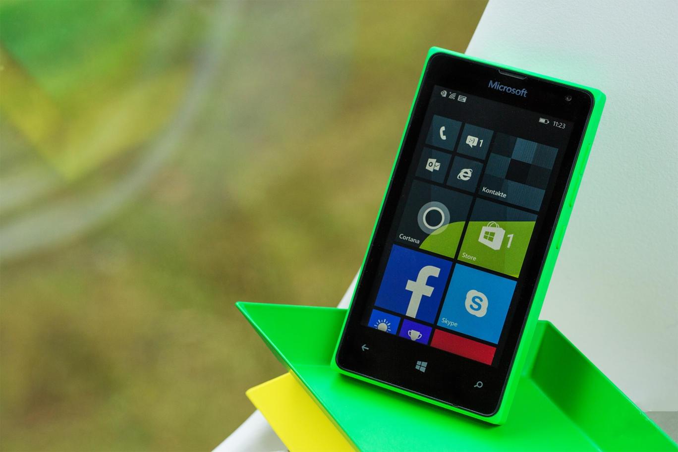 Nový 4,7″ telefon od Microsoftu spatřen v indickém registru importů