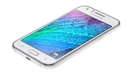 Samsung Galaxy J5 se objevil na uniklých fotografiích