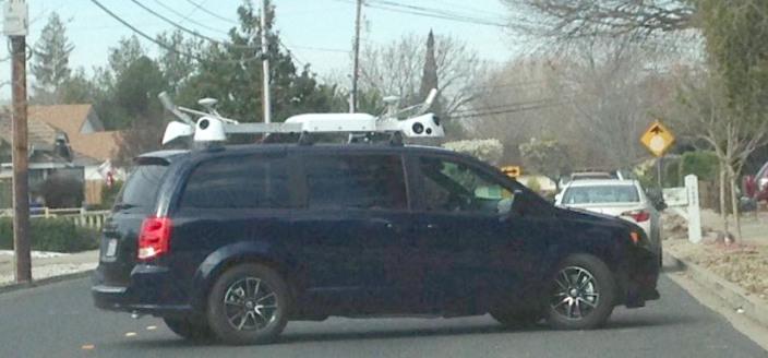 apple-maps-vans