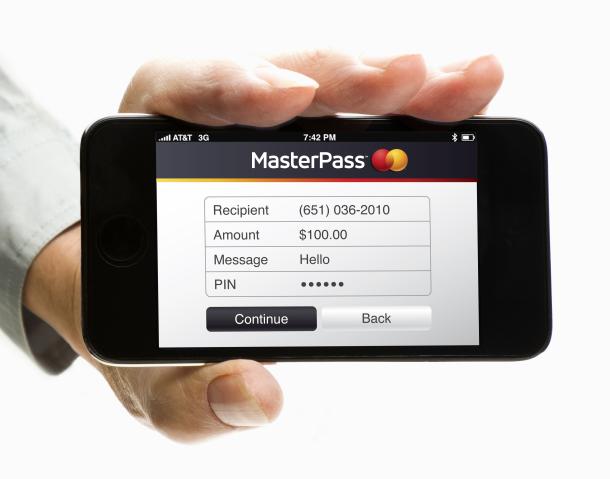 """MasterCard si pohrává s ověřením identity skrze """"selfie"""""""