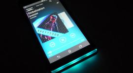 Sony Xperia SP – ta s notifikačním proužkem [recenze]
