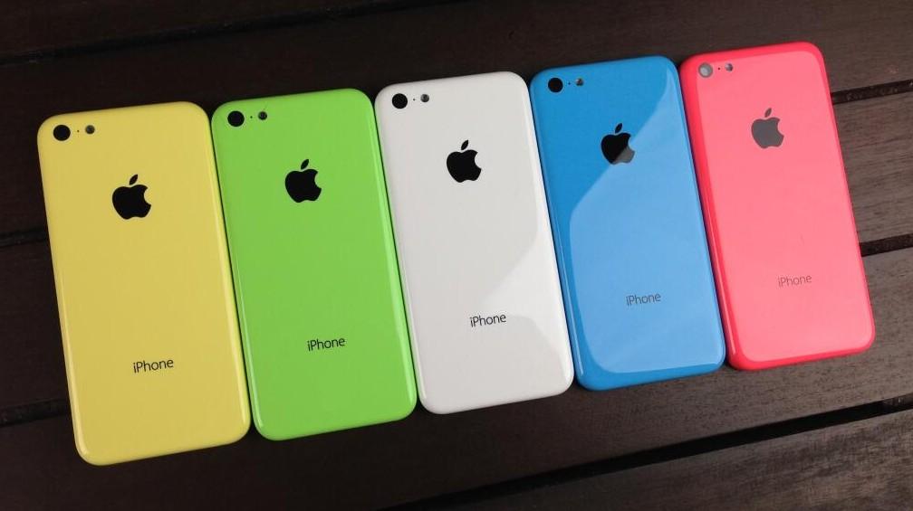 iPhone 6c přijde údajně až v první polovině příštího roku