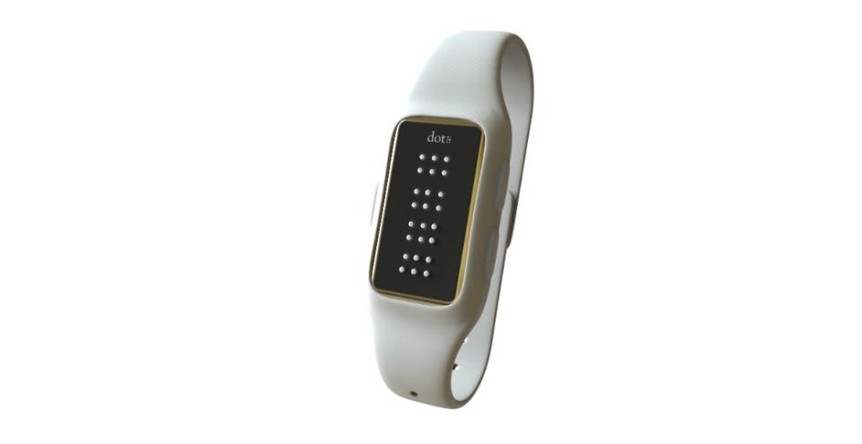 První chytré hodinky s Brailovým písmem