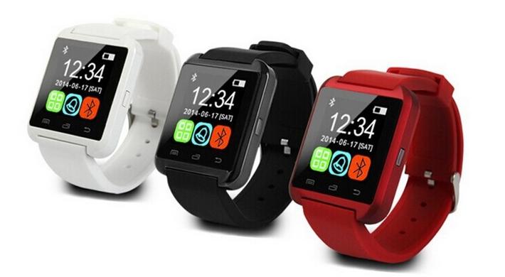 Přizpůsobivá sluchátka, virtuální 3D brýle a chytré hodinky od Tinydeal.com [sponzorovaný článek]
