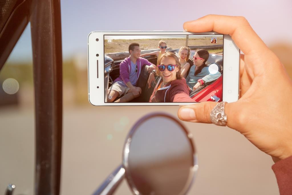 Lenovo Vibe X3 Lite – další pěšák do střední třídy