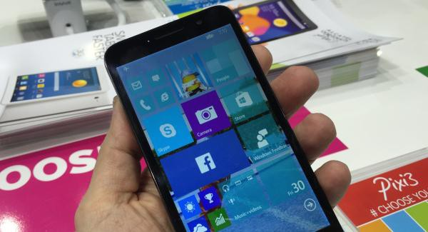 Alcatel OneTouch Fierce XL bude nový model s Windows 10 Mobile