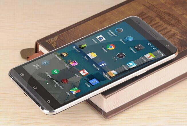 VKworld VK700 PRO – první telefon s 3.0D zakřivením hran displeje