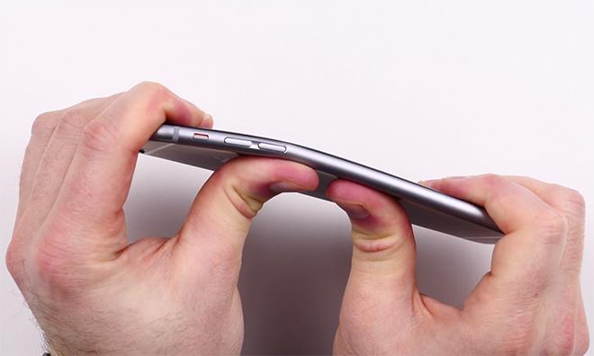 Square Trade tvrdí, že nový iPhone 6s je odolnější než Samsung Galaxy Note 5