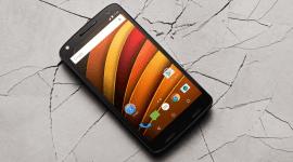 Majitelé telefonu Motorola Droid Turbo 2 hlásí problém s displejem