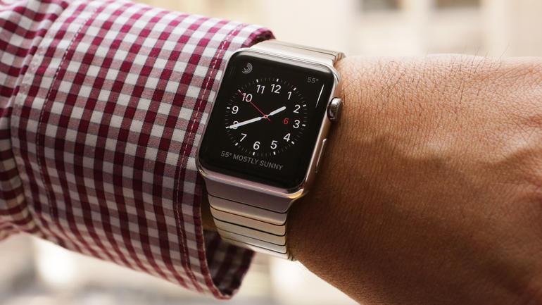 Jak lidé používají Apple Watch? Nejčastěji pro zjištění času, zjistila studie