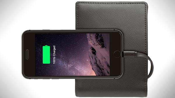 Nomad oznamuje novou peněženku za 80 $ s power bankou o kapacitě 2 400 mAh