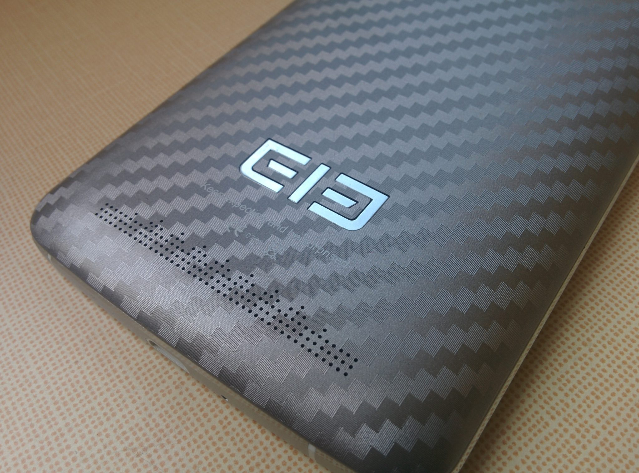 Elephone P8000 – velký displej, velká paměť a baterie o kapacitě 4000 mAh [recenze]