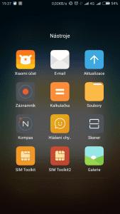 Screenshot_2015-11-23-19-37-49_com.miui.home