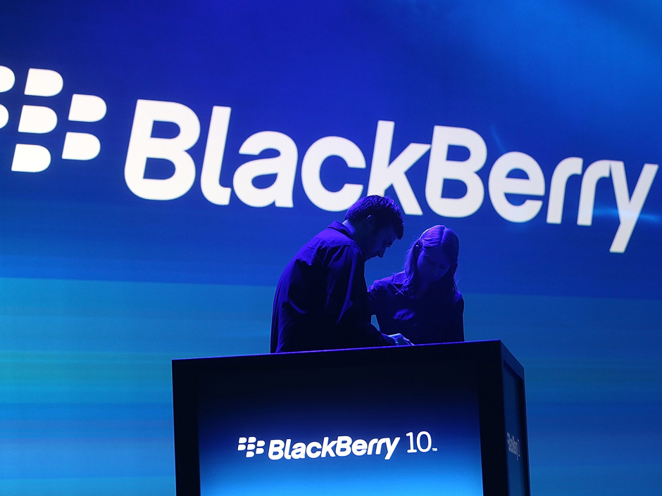 Foxconn mobil s BlackBerry OS 10.2 obdržel certifikace