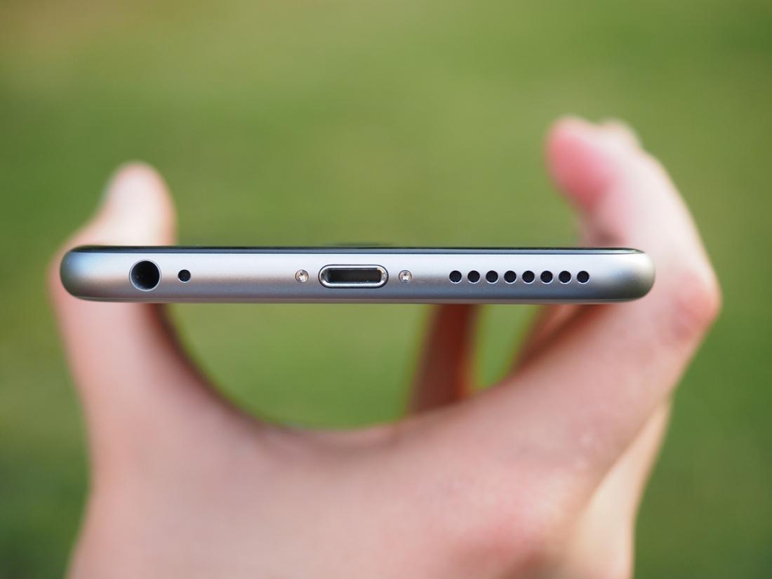 iPhone bez konektoru na sluchátka (3,5mm jack) – skvělý, nebo špatný nápad?