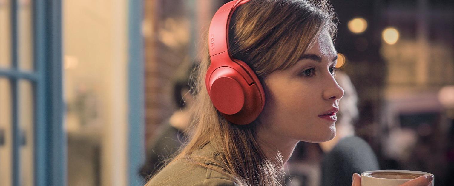 Sony h.ear on Wireless NC – málo muziky za hodně peněz? [recenze]