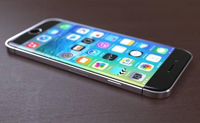 iPhone 7 má jít do prodeje 16. září a možná bude mít jiné jméno