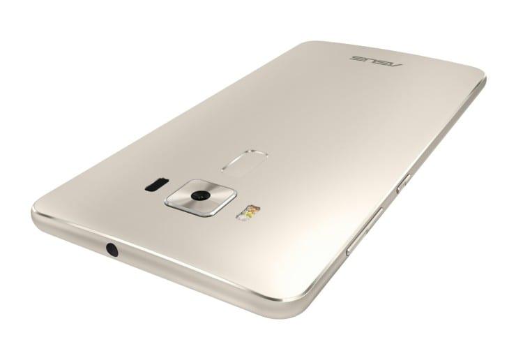 ASUS-ZenFone-3-Deluxe_6