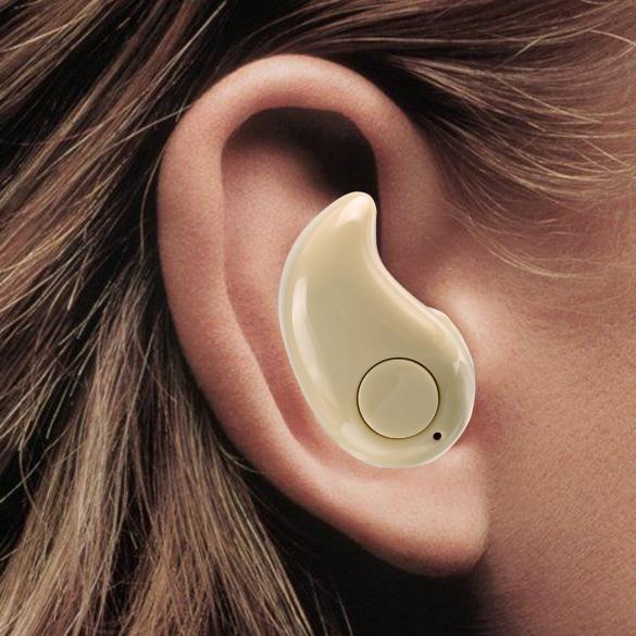 Tipy na příslušenství – neviditelné sluchátko a další [sponzorovaný článek]