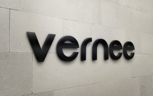 vernee-logo-300x189