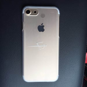 Alleged-iPhone-7-chassis (1)