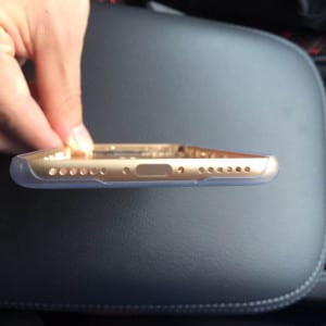Alleged-iPhone-7-chassis