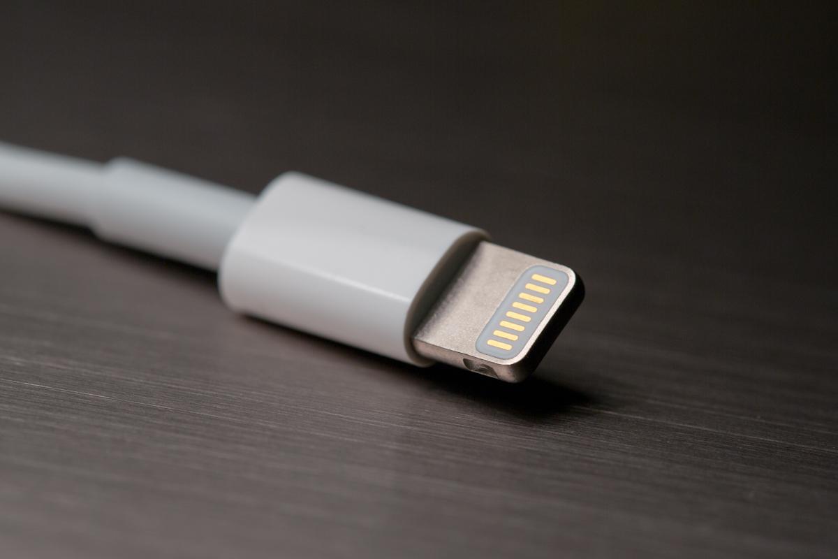 Originální lightning kabel pro váš iPhone a iPad [sponzorovaný článek]