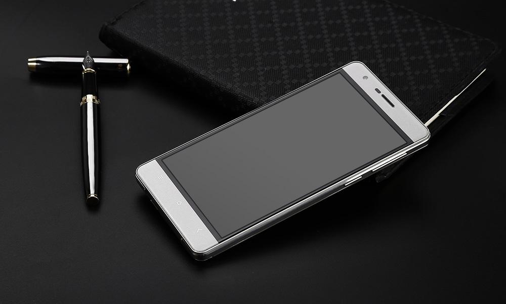 OUKITEL K4000 – obří baterie i LTE [sponzorovaný článek]