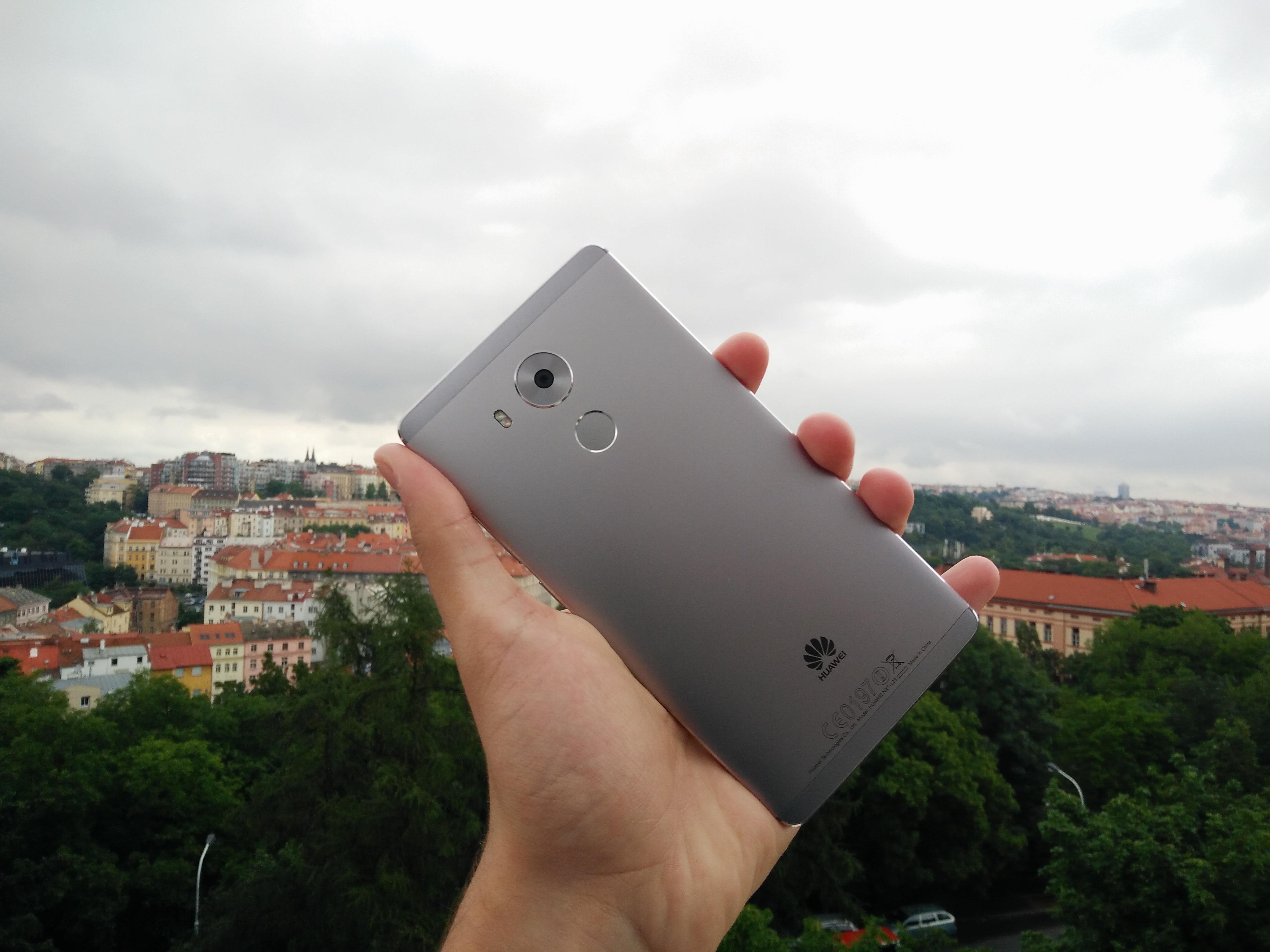 Huawei Mate 8 – velký tělem i duší [recenze]