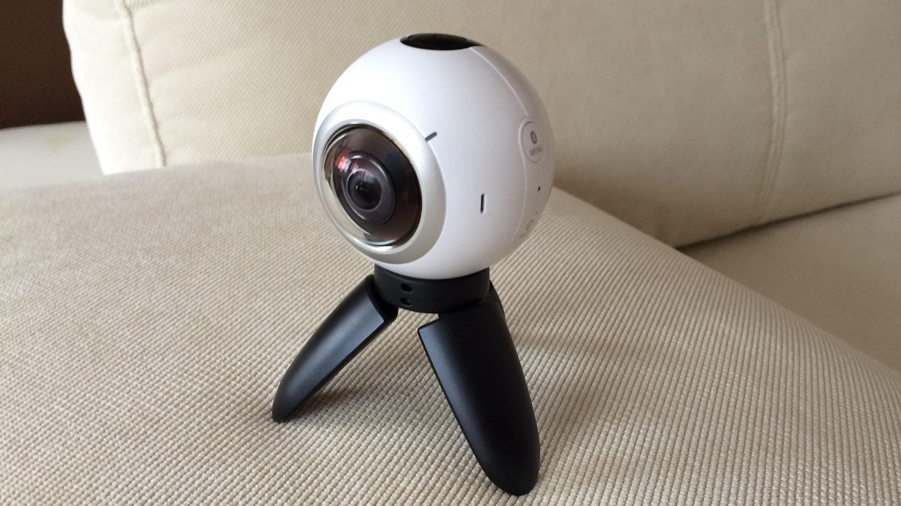 Samsung Gear 360 – vidím všechno [recenze]