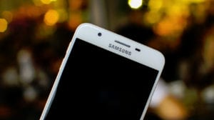 Samsung-J7-Prime-1