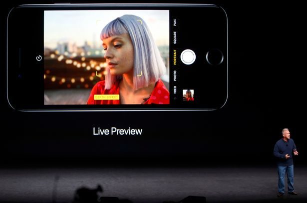 phil-schiller-discusses-the-depth-of-field-and-bokeh-effects-in-the-iphone-7-plus-during-an-apple-me