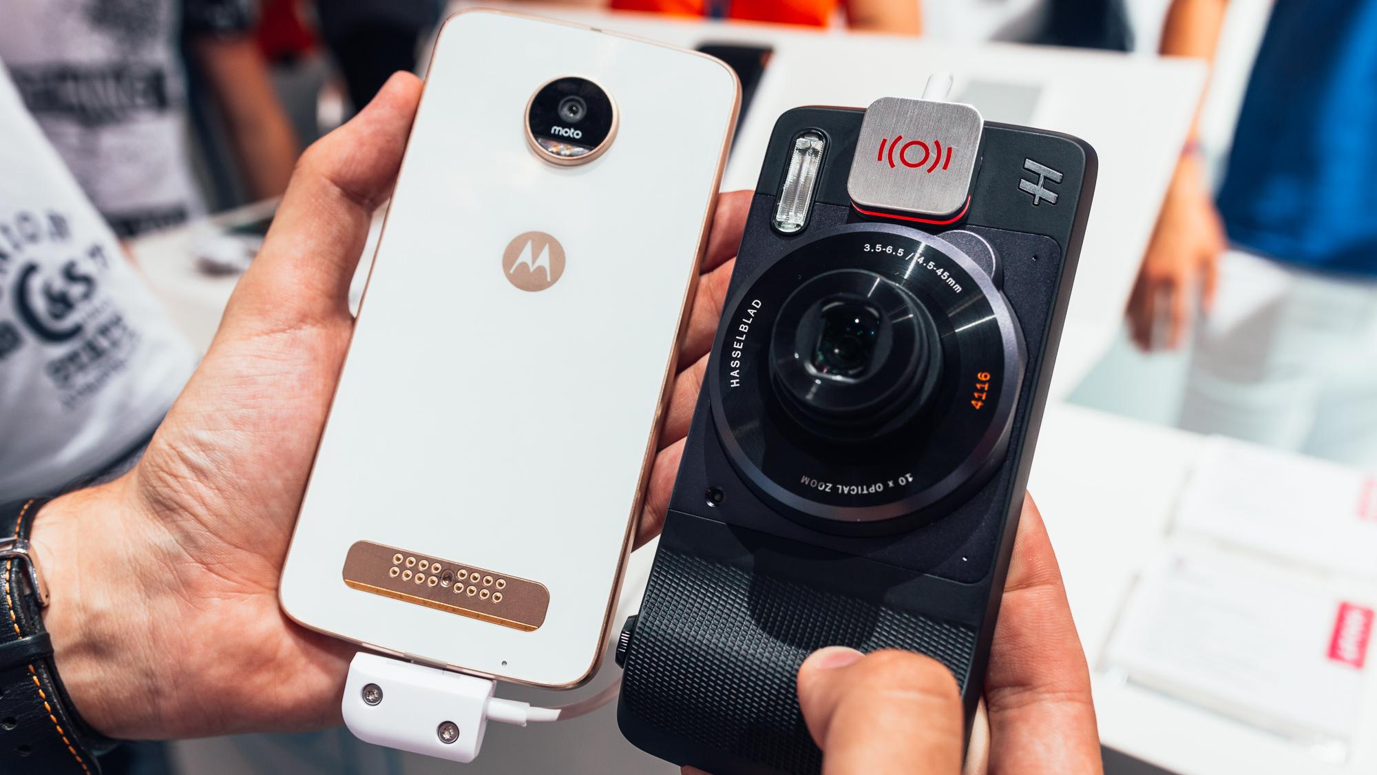 První pohled na Moto Z Play s Moto Mods