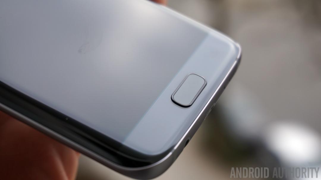 Samsung si patentoval čtečku otisků prstů s podporou gest