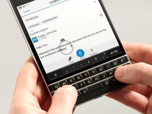 """BlackBerry """"Mercury"""" asi nabídne klávesnici"""