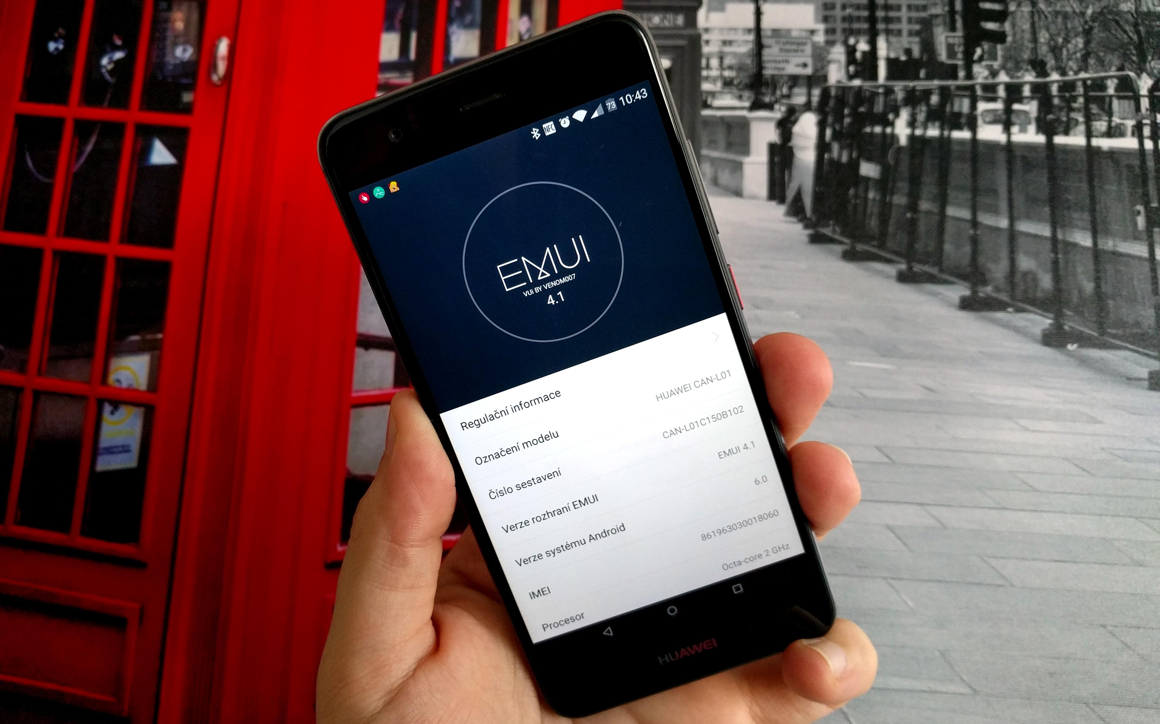 """Huawei EMUI – změňte si """"omalovánky"""""""