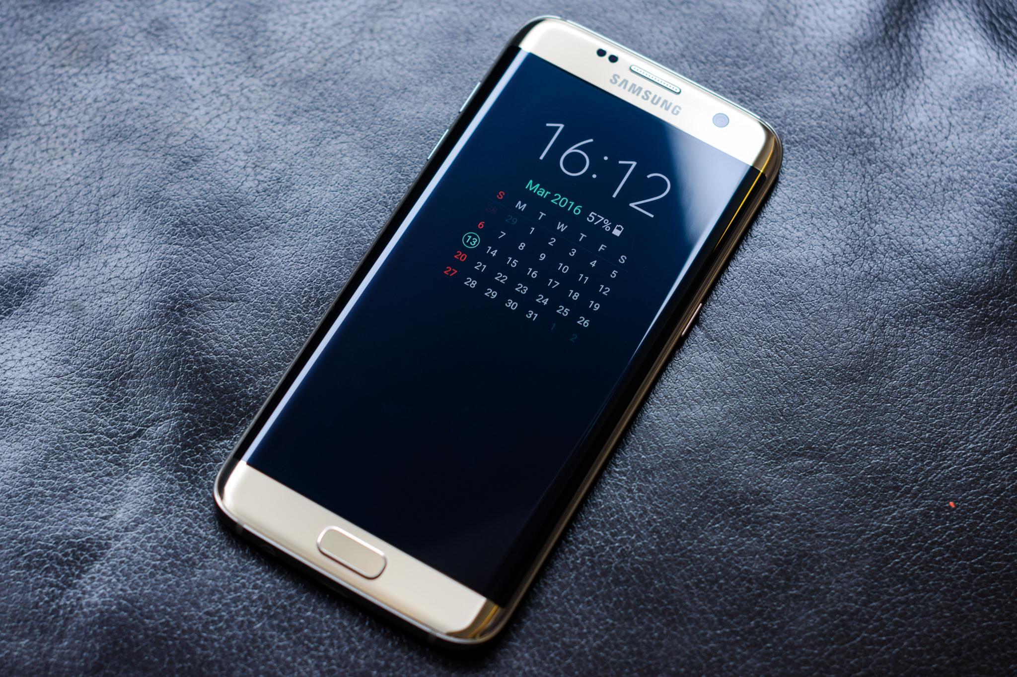 Nejvíce kopírovaným telefonem v roce 2017 se stal model Galaxy S7 Edge