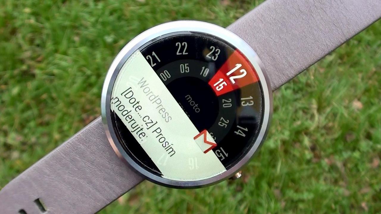 MotoMaker i pro hodinky Moto 360?