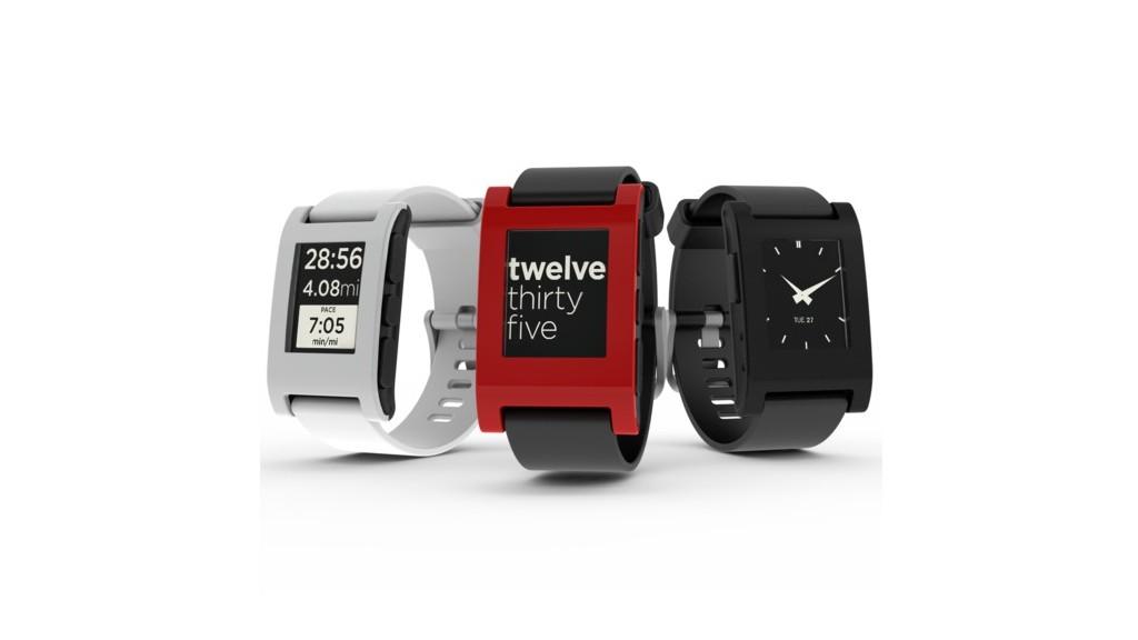 Pebble hodinky budou fungovat v roce 2017 [aktualizováno]