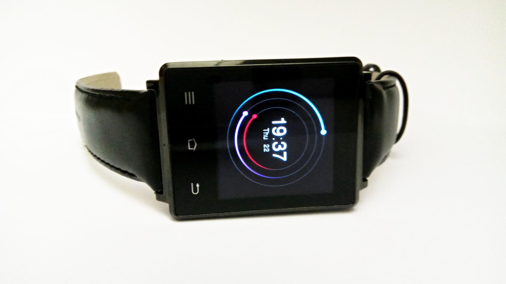 Ochutnávky #47 – chytré hodinky NO.1 D6