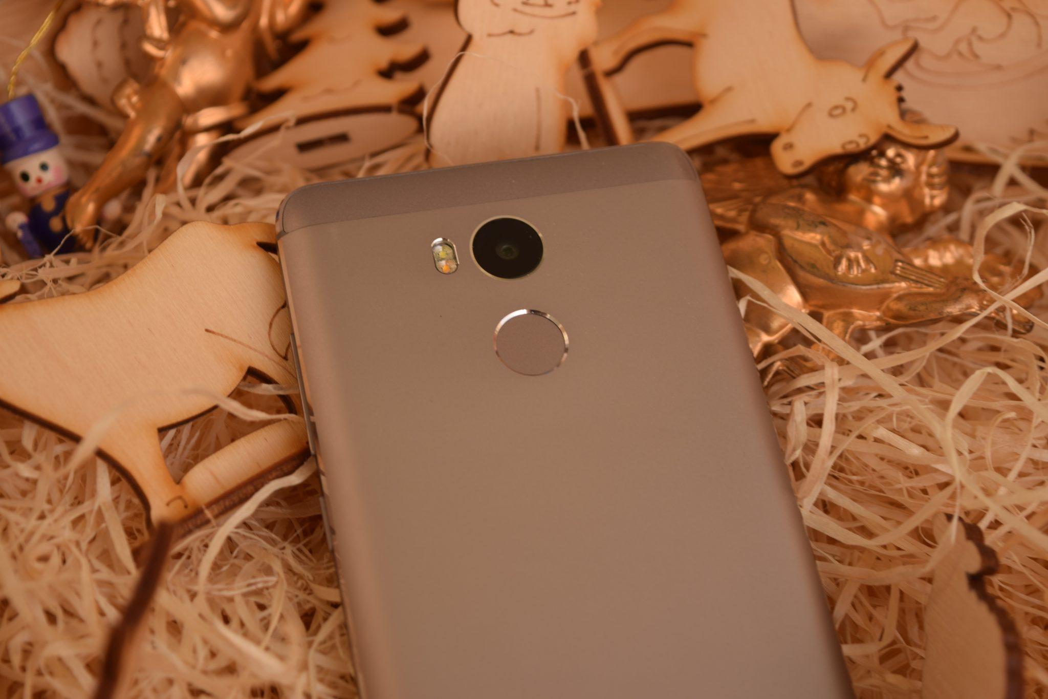 Dnes se podváme na podrobnou recenzi smartphonu od čnské společnosti Xiaomi respektive na nov½ model Redmi 4 Pro kter½ byl představen na konci loňského