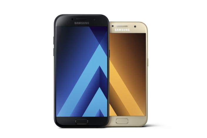 Samsung představil řadu Galaxy A 2017, pyšní se skvělým fotoaparátem