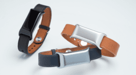 TCL uvedlo Moveband BT a Life Home Monitoring Kit