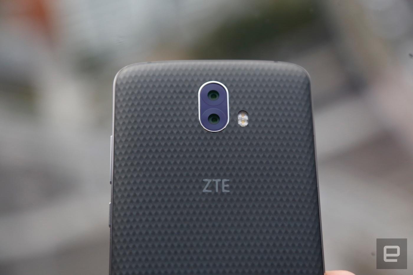 ZTE Blade V8 Pro – další model s dvěma fotoaparáty na zádech