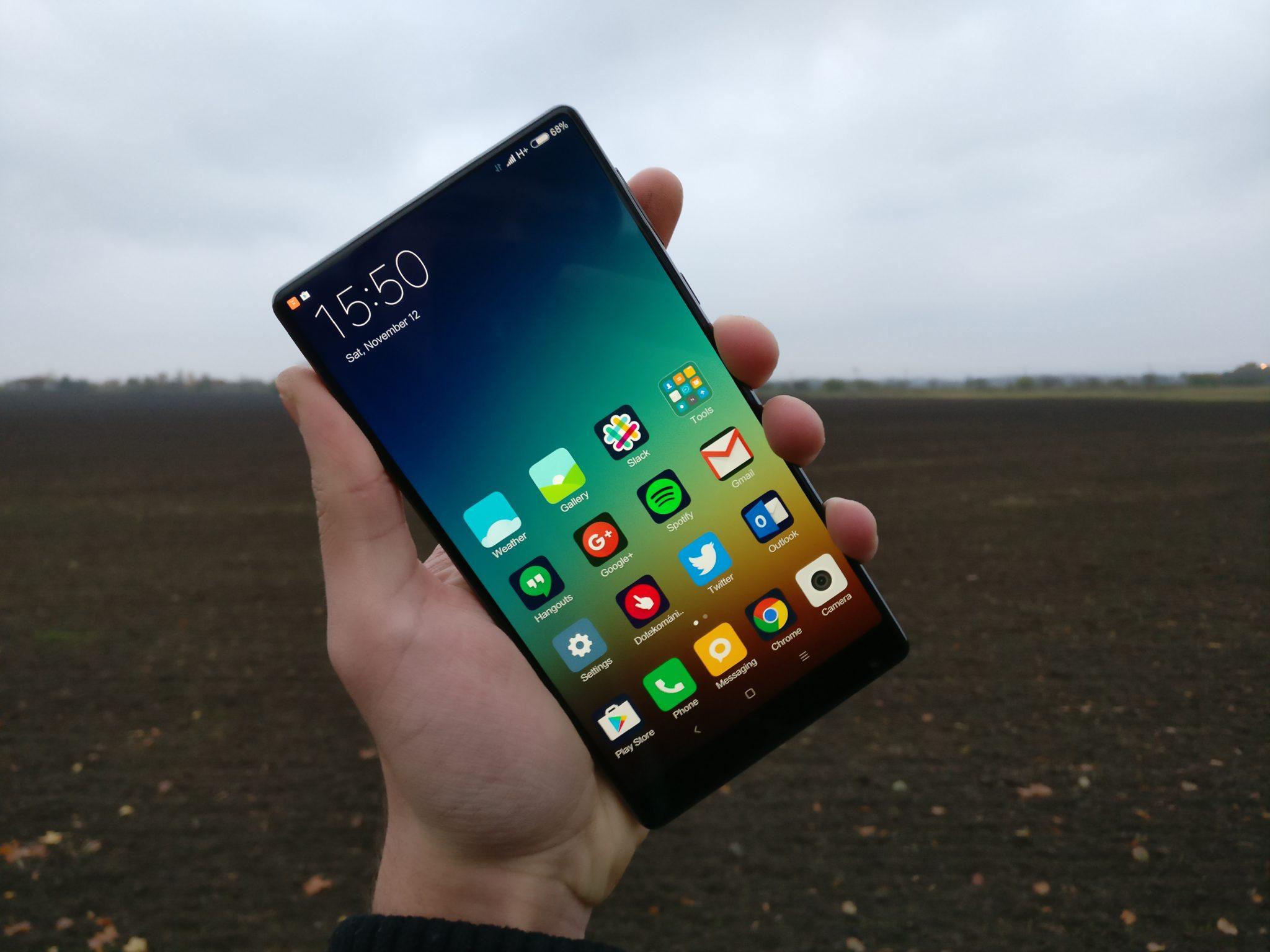 Xiaomi Mi MIX – budoucnost je bezrámečková [recenze]