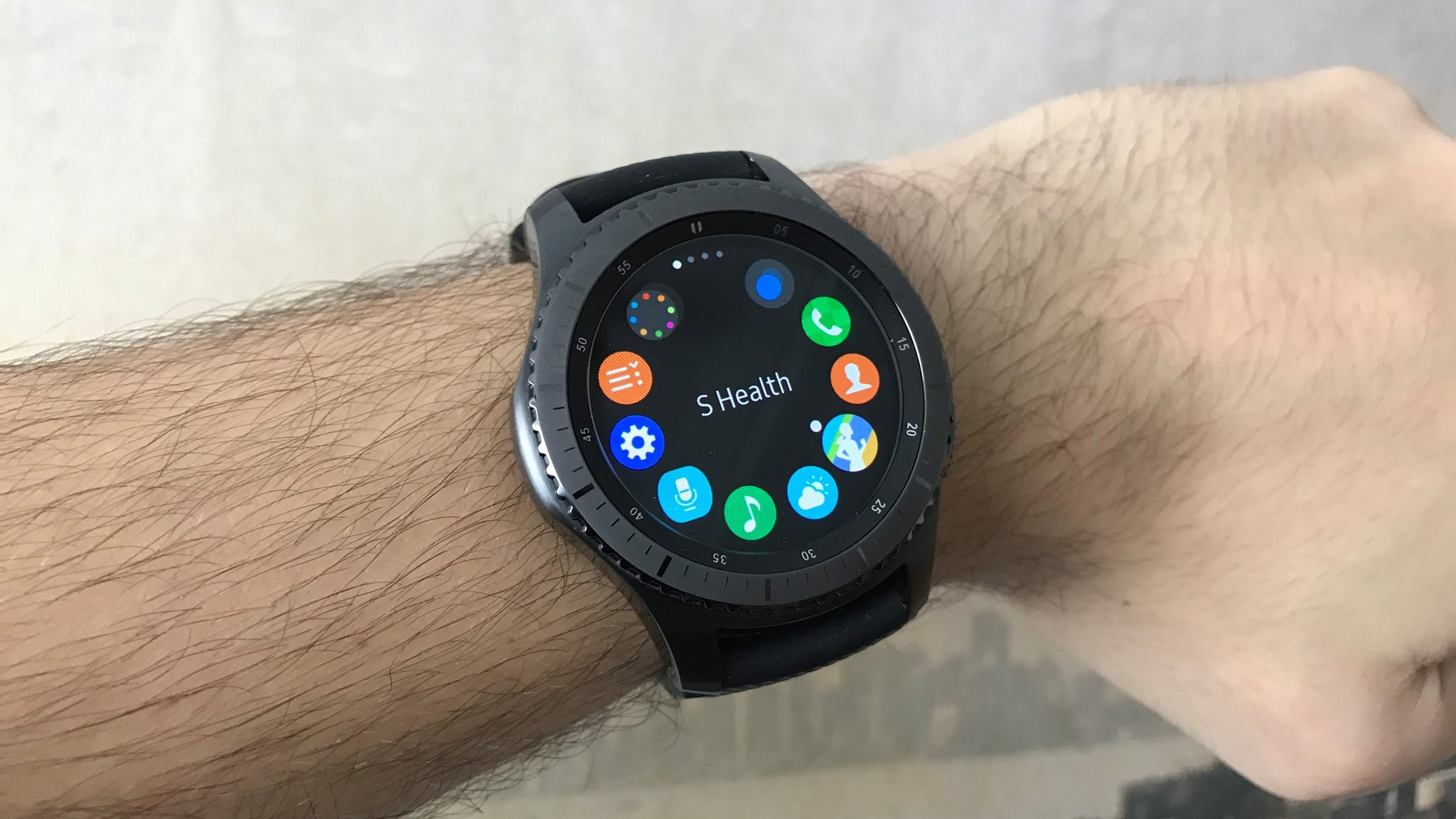 Samsung Gear S3 Frontier – vyladěno k dokonalosti  + Jak fungují s iPhonem   recenze  9937e72abd
