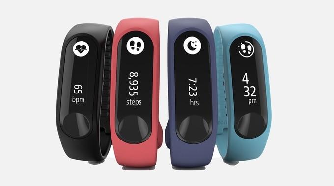 TomTom uvedl nový náramek Touch Cardio