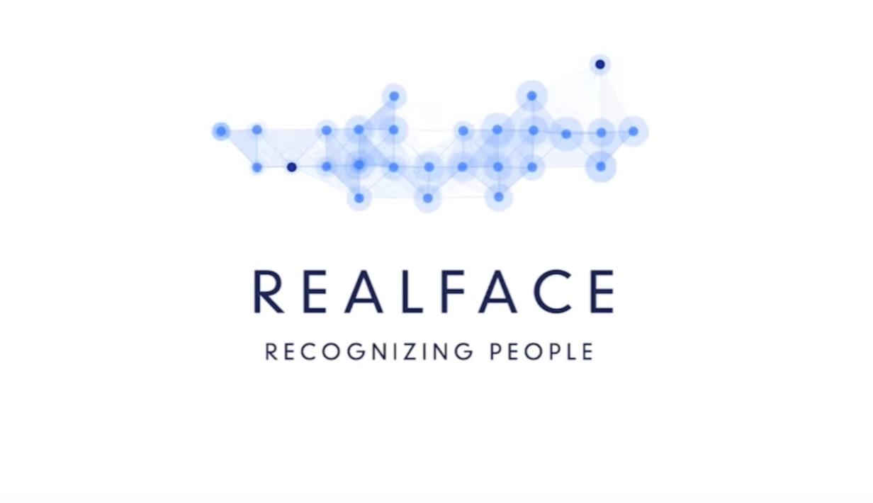 Apple koupil izraelskou společnost RealFace, zabývající se rozpoznáváním obličeje